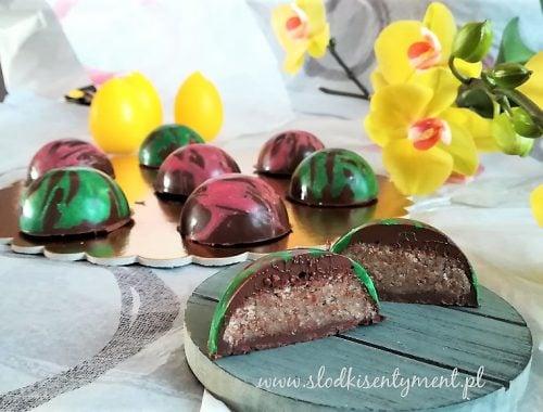 półkule marcepanowe w czekoladzie