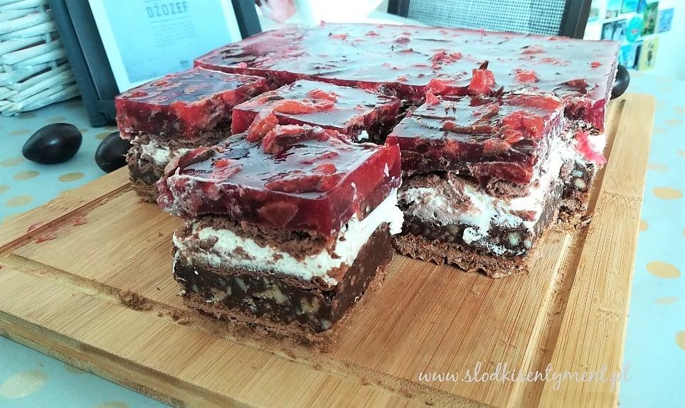 """Śliwka, czekolada z krokantem i """"Dżozef"""""""