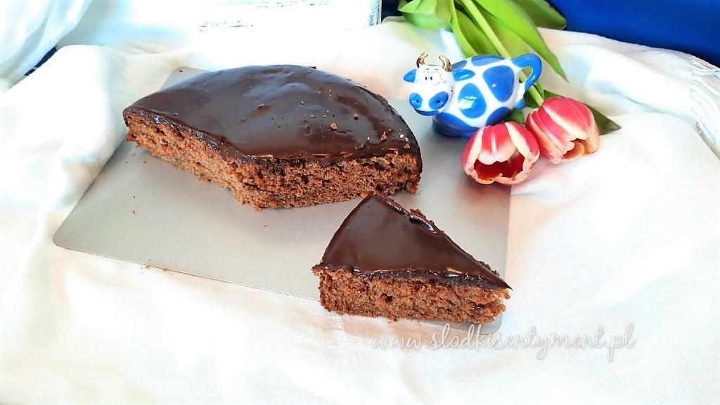 Ciasto marchewkowe z czekoladą
